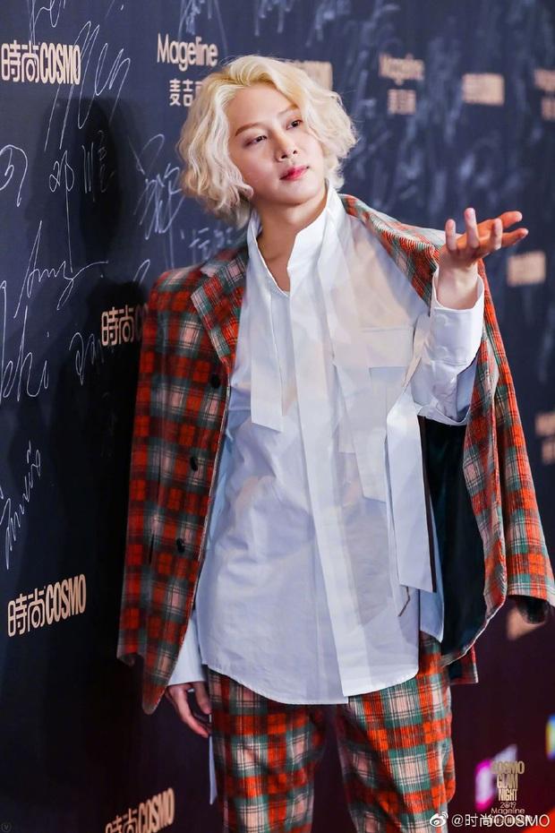 Thảm đỏ khủng quy tụ 100 sao Hoa-Hàn: Nhiệt Ba - HyunA sexy nổ mắt, Yoona đẹp tựa công chúa, Thẩm Nguyệt thất vọng - Ảnh 37.
