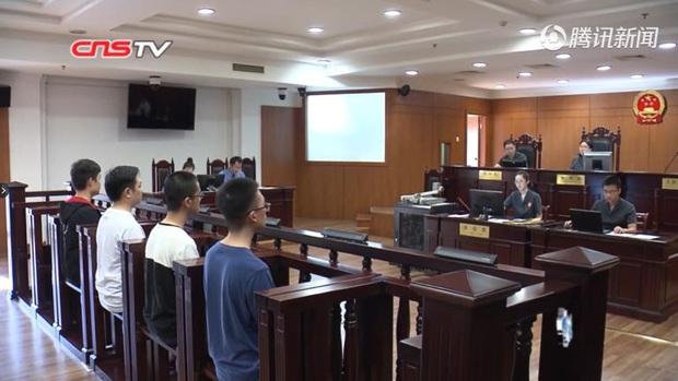 PUBG Mobile: Bán phần mềm gian lận, hai sinh viên phải ra hầu tòa - Ảnh 2.