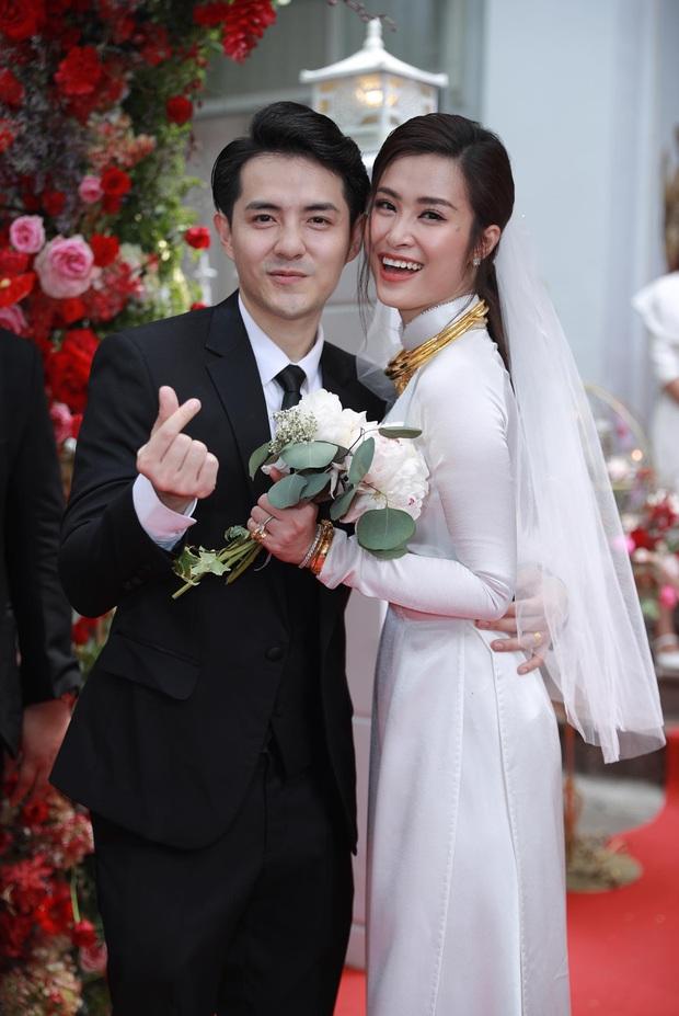 Showbiz Việt thay đổi sau 10 năm: Thế hệ idol cũ đã dựng vợ gả chồng, hội 10x trỗi dậy, scandal chưa bao giờ ngừng hot! - Ảnh 2.