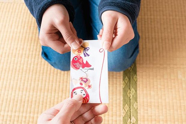 Lì xì năm mới tại Nhật Bản: Trẻ con ai cũng mong, người lớn thì... méo hết cả mặt - Ảnh 3.