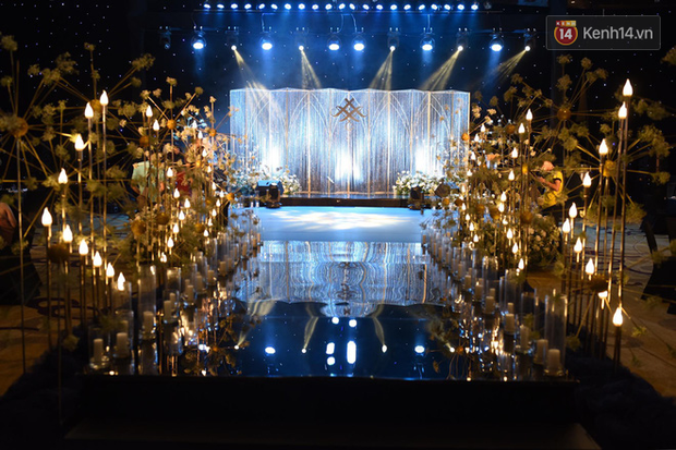 Top 5 đám cưới khủng nhất Vbiz năm 2019: Đông Nhi - Ông Cao Thắng lầy và đắt đỏ nhất, Cường Đô La bê cả dàn siêu xe loá mắt - Ảnh 13.