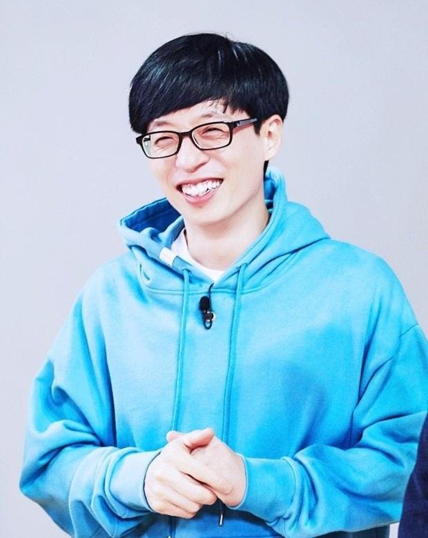 Thập kỉ vàng của MC Quốc dân Yoo Jae Suk: Tường thành giải trí khó có thể xô đổ - Ảnh 1.