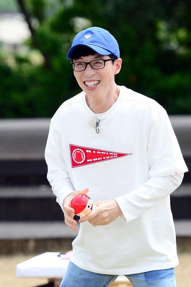 Thập kỉ vàng của MC Quốc dân Yoo Jae Suk: Tường thành giải trí khó có thể xô đổ - Ảnh 12.