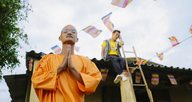 Sư thầy Mạc Văn Khoa độ không nổi yêu nghiệt Trường Giang vì dám đòi phá chùa ở trailer 30 Chưa Phải Tết - Ảnh 5.
