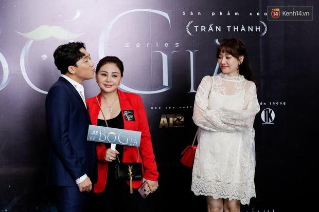 Đông Nhi - Ông Cao Thắng tình tứ diện đồ đôi đi mừng Bố Già Trấn Thành đốt 4 tỉ làm web drama - Ảnh 4.