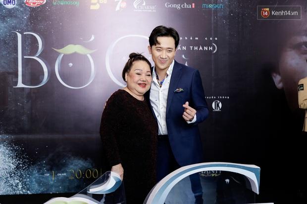 Đông Nhi - Ông Cao Thắng tình tứ diện đồ đôi đi mừng Bố Già Trấn Thành đốt 4 tỉ làm web drama - Ảnh 6.