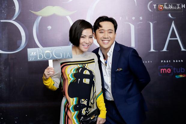 Đông Nhi - Ông Cao Thắng tình tứ diện đồ đôi đi mừng Bố Già Trấn Thành đốt 4 tỉ làm web drama - Ảnh 7.