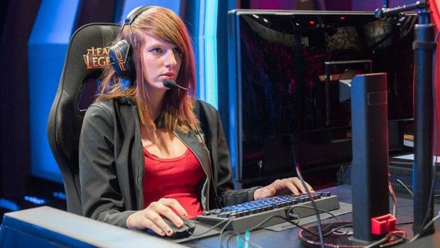 Ám ảnh những bài viết cuối cùng của nữ game thủ LMHT đầu tiên thi đấu tại LCS, cô nàng vừa qua đời ở tuổi 24 - Ảnh 1.
