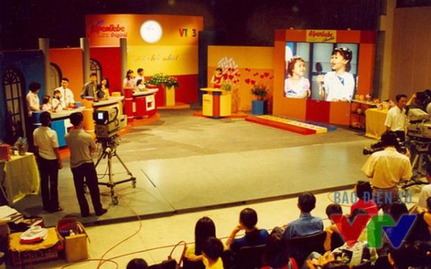 Gameshow gia đình ngày ấy & bây giờ: Ở nhà chủ nhật vẫn là cái bóng khó chương trình nào vượt qua - Ảnh 2.