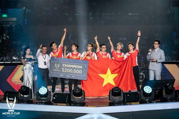 Những khoảnh khắc đặc biệt của Liên Quân Mobile Việt 2019: Dấu ấn Team Flash với nhiều kỳ tích vô tiền khoáng hậu - Ảnh 3.
