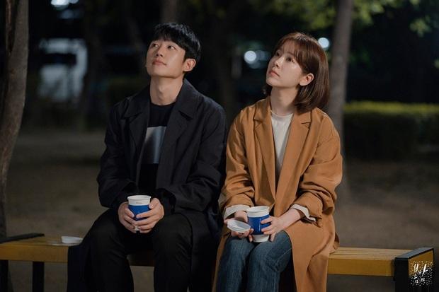 Giải MBC Drama Awards 2019: Extraordinary You thắng lớn, chị đẹp Han Ji Min ngậm ngùi hụt cúp vàng Daesang - Ảnh 1.