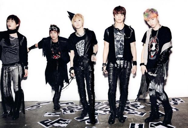 Top 5 nghệ sĩ nam đỉnh nhất từng năm thập kỷ qua: BTS lép vế trước EXO và SHINee nhưng trùm cuối lại chính là BIGBANG! - Ảnh 1.