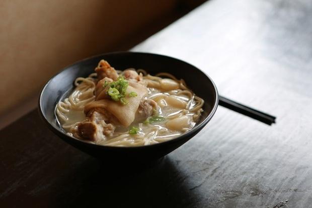 Trung Quốc: Chủ nhà hàng bị bắt vì bỏ ma túy vào đồ ăn để giữ chân thực khách  - Ảnh 1.
