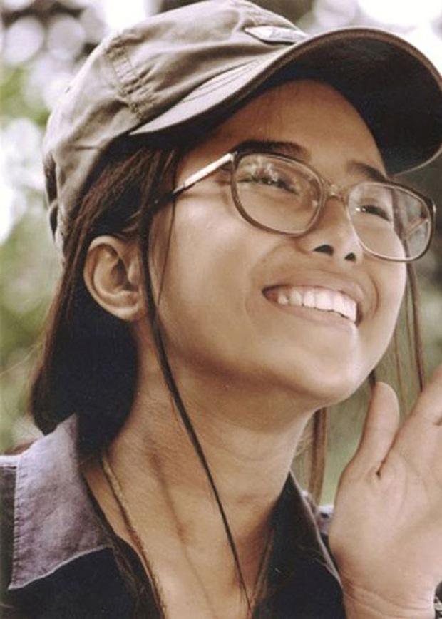Nhìn lại vai diễn khởi nghiệp 5 mỹ nhân màn ảnh Việt: Thanh Hằng tắm trắng thành công, Chi Pu xinh xuất sắc từ đầu - Ảnh 12.