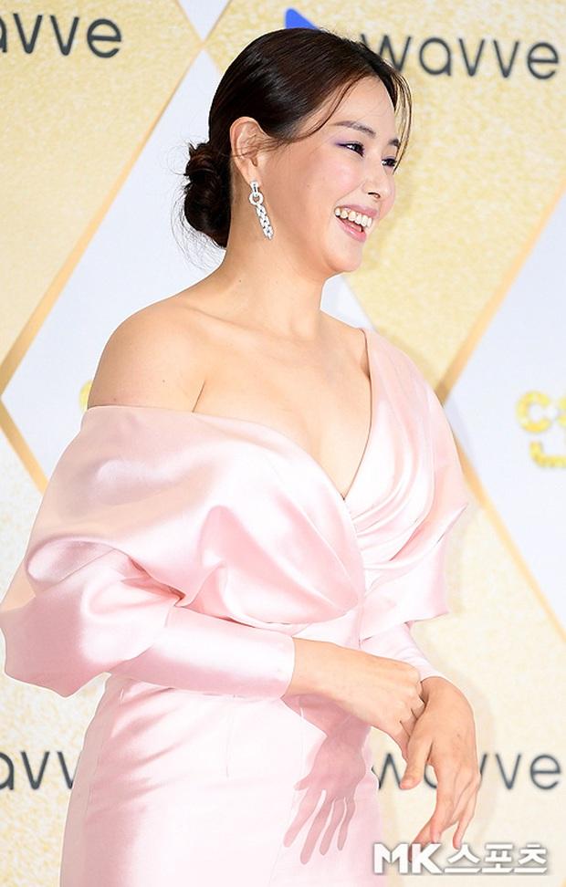 Siêu thảm đỏ SBS Drama Awards 2019: Jang Nara đẹp nức nở, Suzy lấn át cả Hoa hậu Hàn hở bạo và dàn minh tinh quyền lực - Ảnh 9.