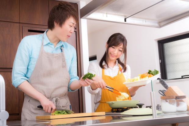 Hơn 60% đàn ông Nhật tuyên bố vợ con, gia đình quan trọng hơn công việc vì sếp đâu có chăm sóc tôi đến cuối đời! - Ảnh 1.