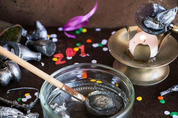 Những truyền thống đón Năm mới độc đáo trên khắp thế giới - Ảnh 3.