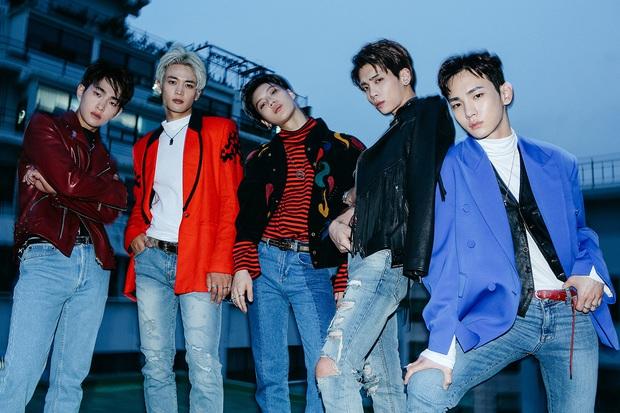 Top 5 nghệ sĩ nam đỉnh nhất từng năm thập kỷ qua: BTS lép vế trước EXO và SHINee nhưng trùm cuối lại chính là BIGBANG! - Ảnh 17.