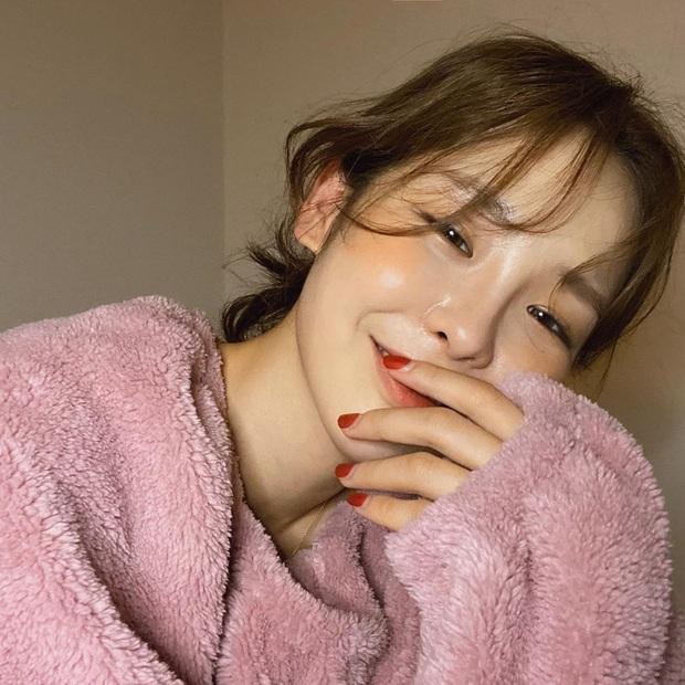 Để xinh và sang như gái Hàn, bạn chỉ cần nâng level cho công cuộc makeup với 4 chiêu đơn giản - Ảnh 3.