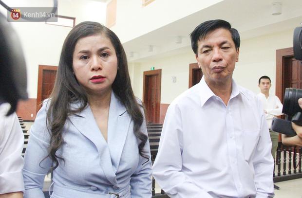 Phúc thẩm vụ ly hôn nghìn tỷ: HĐXX nghị án, bà Thảo cho biết 100 tỷ bên Singapore nó quá nhỏ chỉ bằng cái móng tay so với khối tài sản của Trung Nguyên - Ảnh 3.