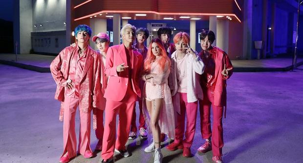 """Những lần BTS """"bắt tay"""" sao US-UK: Bài vào BXH Billboard, giúp nhóm diễn ở Grammy, bài tưởng thành hit """"khủng"""" lại flop - Ảnh 10."""