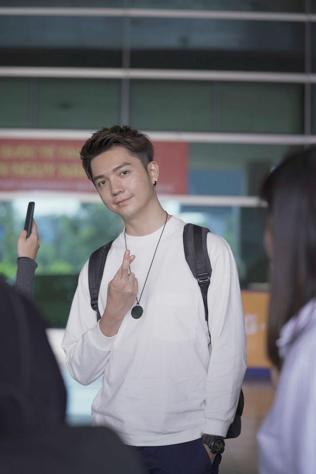 Diva Hongkong Fiona Fung tươi rói, YOUNG JAE thoáng mệt mỏi, cùng dàn nghệ sĩ châu Á đổ bộ sân bay Tân Sơn Nhất - Ảnh 7.