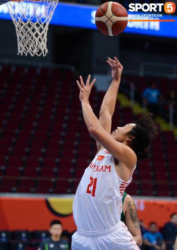 Fan nữ có tâm nhất quả đất của đội tuyển bóng rổ Việt Nam: Bay một mình hơn nghìn cây số chỉ để khuyên cầu thủ... cắt tóc cạo râu - Ảnh 8.