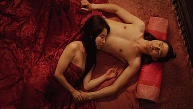Loạt cảnh nóng chưa từng hết sốc ở phim cổ trang xứ Hàn: Mợ ngố Song Ji Hyo quay cảnh nhạy cảm tận 40 lần? - Ảnh 9.