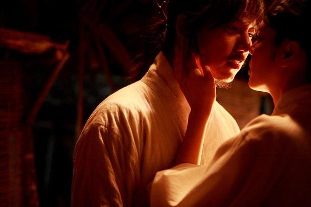 Loạt cảnh nóng chưa từng hết sốc ở phim cổ trang xứ Hàn: Mợ ngố Song Ji Hyo quay cảnh nhạy cảm tận 40 lần? - Ảnh 5.