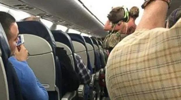 Chuyện lạ có thật: Hóa ra ở nước ngoài hành khách còn được phép… dắt thú lên máy bay mà chẳng sợ bị cấm phạt? - Ảnh 7.