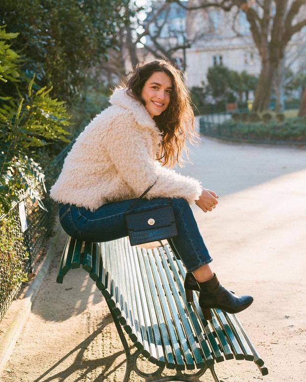 Phụ nữ Pháp chỉ diện boots theo 4 cách sau là đã đẹp và sang trọn vẹn mùa lạnh - Ảnh 1.