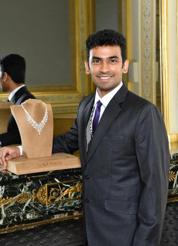 Đằng sau những bộ trang sức kim cương tại đêm hội Le Bal của con nhà giàu: Giá trị hàng triệu USD, do truyền nhân của gia tộc 4 đời làm kim cương nhào nặn - Ảnh 2.