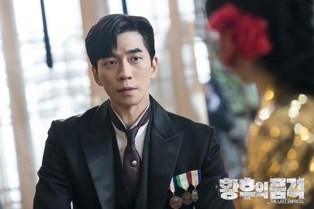 5 ông chồng tội đồ gây sôi tiết của màn ảnh Hàn: Kẻ đẩy vợ vào cửa tử, người bạo lực quyết không li hôn - Ảnh 4.