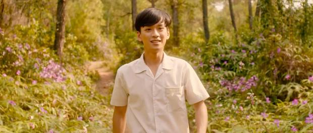 Trailer Mắt Biếc gây mê bằng loạt phân cảnh tình tứ của thầy Ngạn và Trà Long, sẽ là cái kết gây sốc chăng? - Ảnh 3.