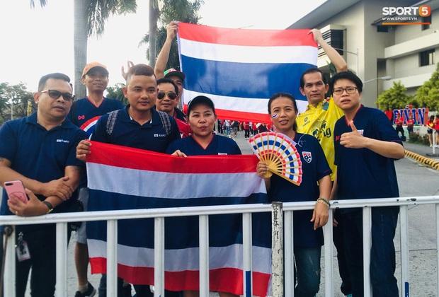 Fan Thái Lan bức xúc vì CĐV Việt Nam mua hết vé xem trận chung kết ngược - Ảnh 6.