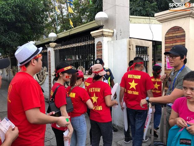 Fan Thái Lan bức xúc vì CĐV Việt Nam mua hết vé xem trận chung kết ngược - Ảnh 5.