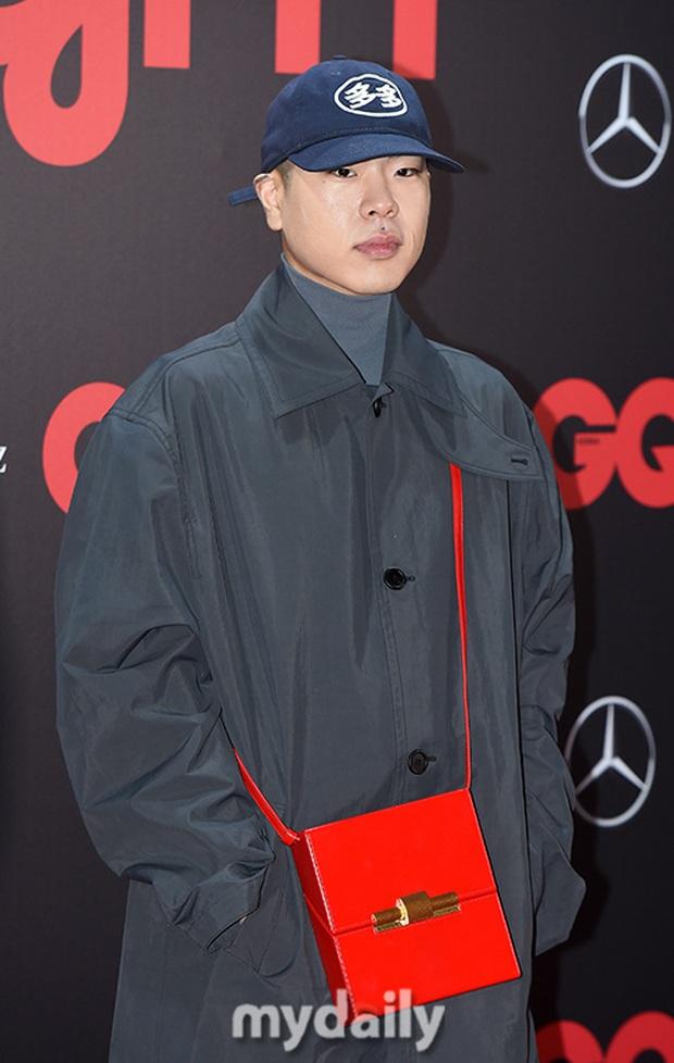Sự kiện gây sốt: Đến Lee Dong Wook cũng phải kiêng dè trước nam thần Kpop, Son Dam Bi U40 vẫn trẻ đẹp ngỡ ngàng - Ảnh 15.