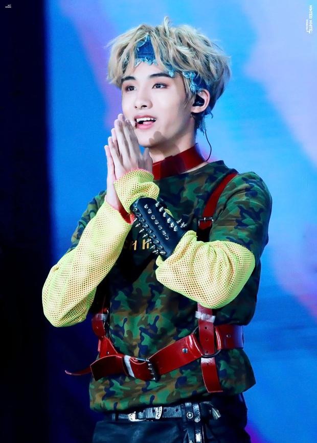 Kpop chắc chỉ có một: Nam thần tượng thắng giải Nghệ sĩ mới xuất sắc nhất tận 2 lần tại MAMA đúng như nghệ danh của mình! - Ảnh 3.