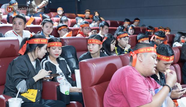 Uyên Pu, Xemesis rạng rỡ xuất hiện tại buổi offline cổ vũ tuyển Mobile Legends: Bang Bang ra quân tại SEA Games - Ảnh 6.