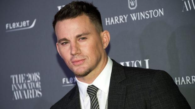 Soi vòng một lực lưỡng của 10 soái ca Hollywood: Sốc trước thời còn son của ông chú bụng bia Leonardo DiCaprio - Ảnh 38.