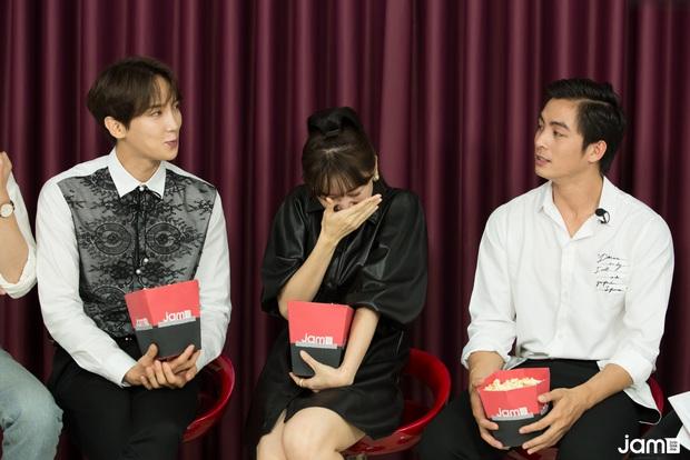 Hari Won điếng người đến mức đỏ mặt nhìn Oppa Phiền Quá Nha Park Jung Min khóa môi Lãnh Thanh,  - Ảnh 4.