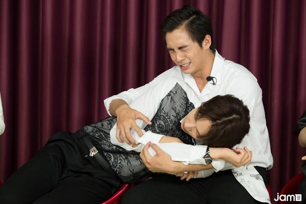 Hari Won điếng người đến mức đỏ mặt nhìn Oppa Phiền Quá Nha Park Jung Min khóa môi Lãnh Thanh,  - Ảnh 2.