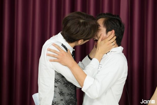 Hari Won điếng người đến mức đỏ mặt nhìn Oppa Phiền Quá Nha Park Jung Min khóa môi Lãnh Thanh,  - Ảnh 3.