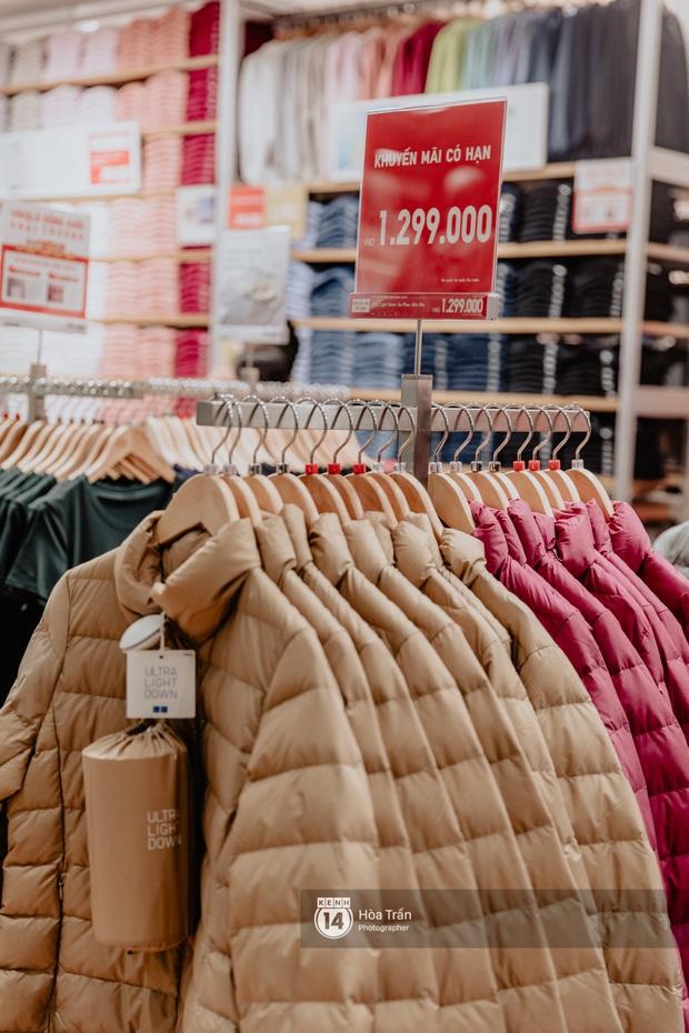 5 items UNIQLO giảm giá kịch đáng sắm nhất dịp khai trương: Sơ mi dạ 399k, áo chống nắng phá giá 399k, áo phao rẻ ngang mua tại Nhật - Ảnh 8.