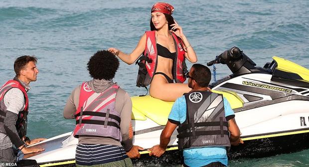 Rần rần loạt khoảnh khắc đùa giỡn với tư thế bỏng mắt của Bella và Kendall, netizen hò nhau đẩy thuyền cặp bạn thân - Ảnh 10.
