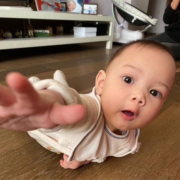 Người đẹp Nga cầu cứu: Con trai tôi bị dọa giết, nghi có liên quan đến cựu vương Malaysia khiến nhiều người xót xa - Ảnh 2.