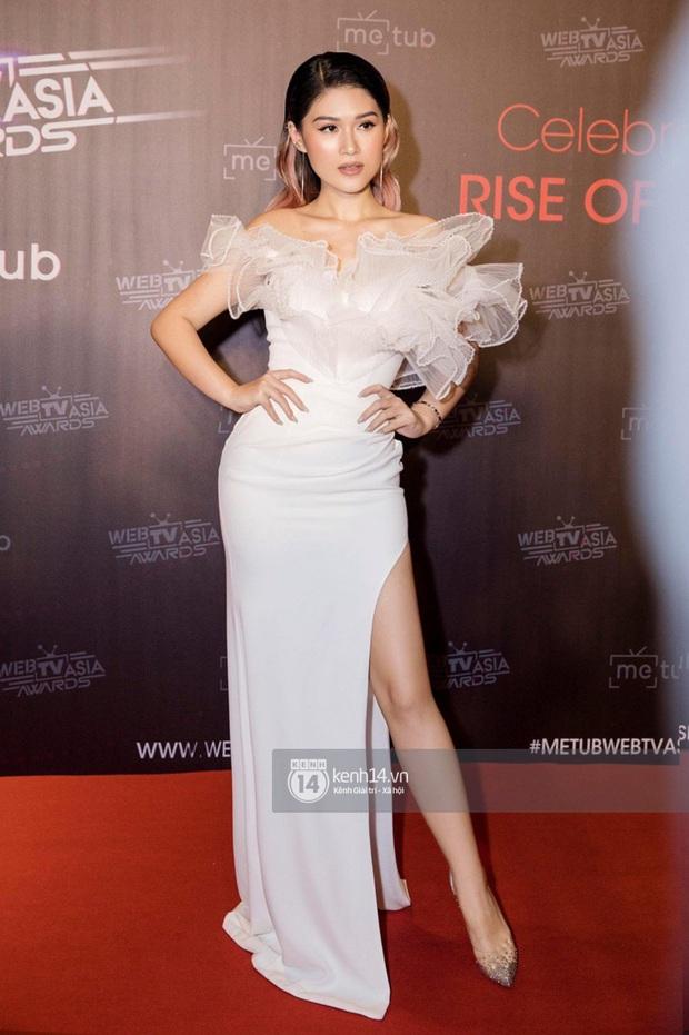 Thảm đỏ WebTVAsia Awards 2019: Nhã Phương, Chi Pu đồng loạt khoe vai thon gợi cảm, cùng dàn nghệ sĩ châu Á tự tin khoe sắc - Ảnh 9.