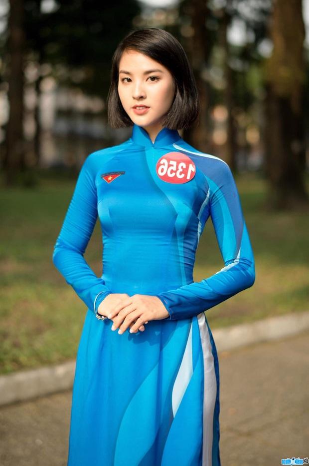 Soi info của mỹ nhân Việt chinh chiến Miss Charm International: Lột xác từ body mũm mĩm thắng giải Á khôi, bắn tiếng Anh như gió! - Ảnh 6.