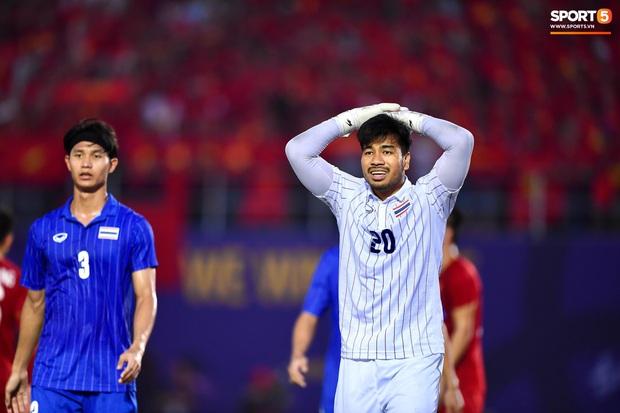 Vì sao U22 Việt Nam được trọng tài cho đá lại quả phạt đền? - Ảnh 6.