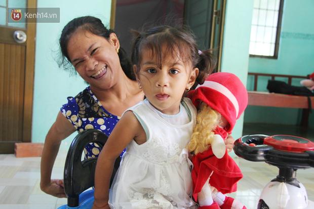 Cuộc sống đổi thay của người mẹ điên từng bị hiếp dâm đến sinh con ở Trà Vinh: Căn nhà nhỏ đã tràn ngập tiếng cười - Ảnh 11.